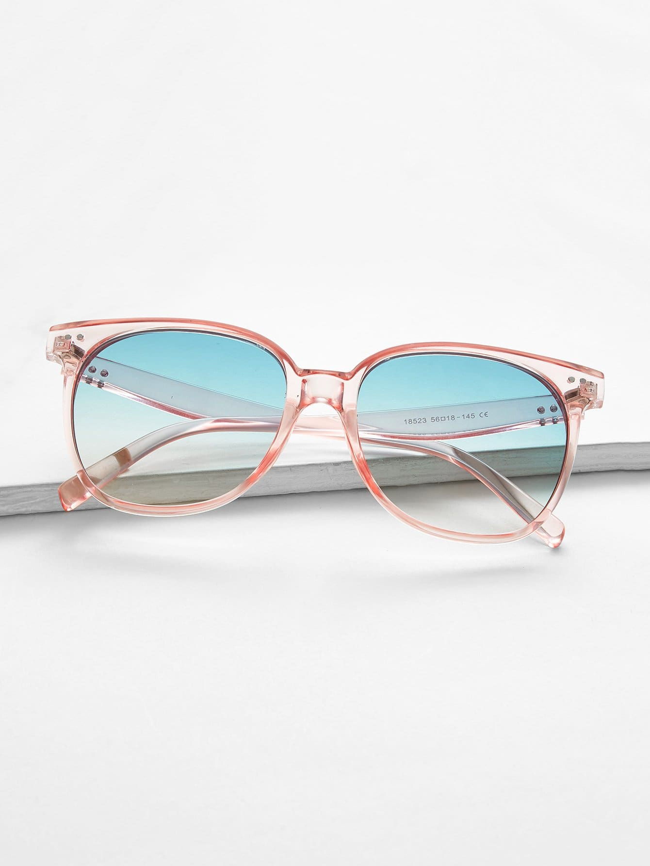 Купить Солнцезащитные очки с Ombre линзами и с прозрачными оправами, null, SheIn