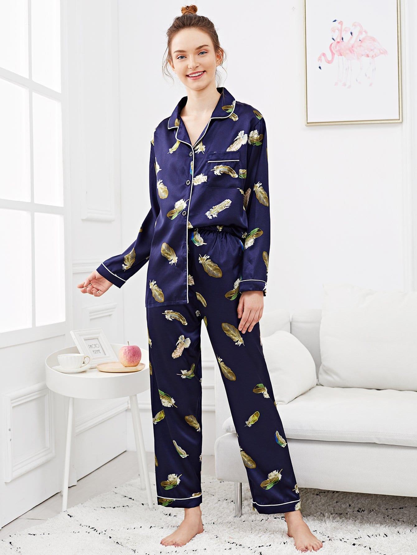 Купить Набор пижамы и с рисунками перьев и с украшением пуговицы, Tory, SheIn