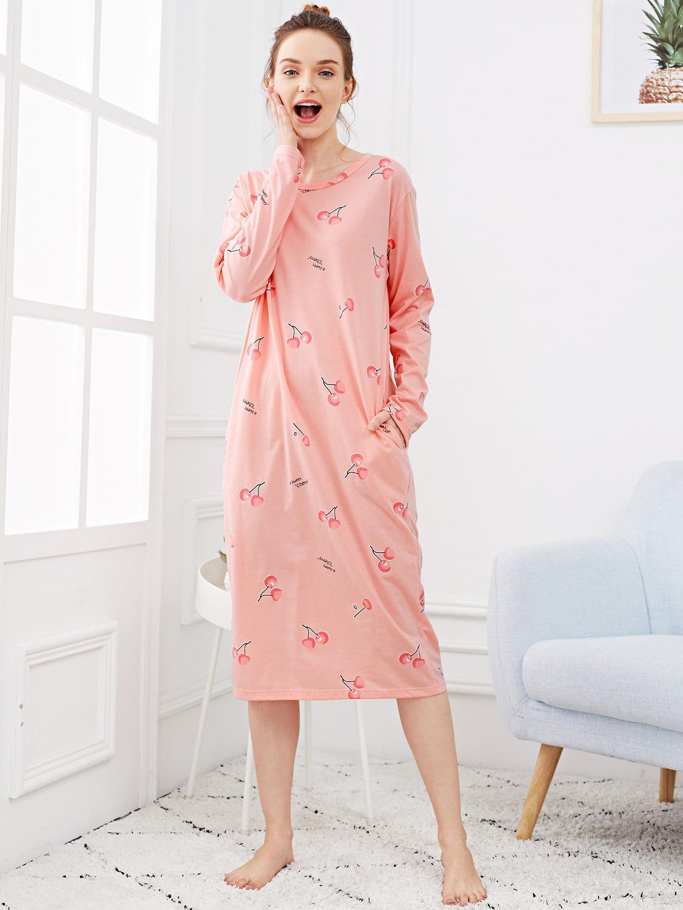 Abendkleid mit Kirsche Muster und Seitenschlitz