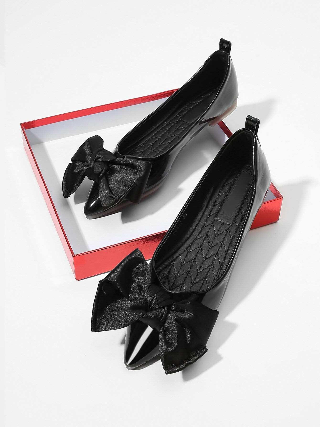 Купить Туфли на плоской подошве с украшением бабочки, null, SheIn