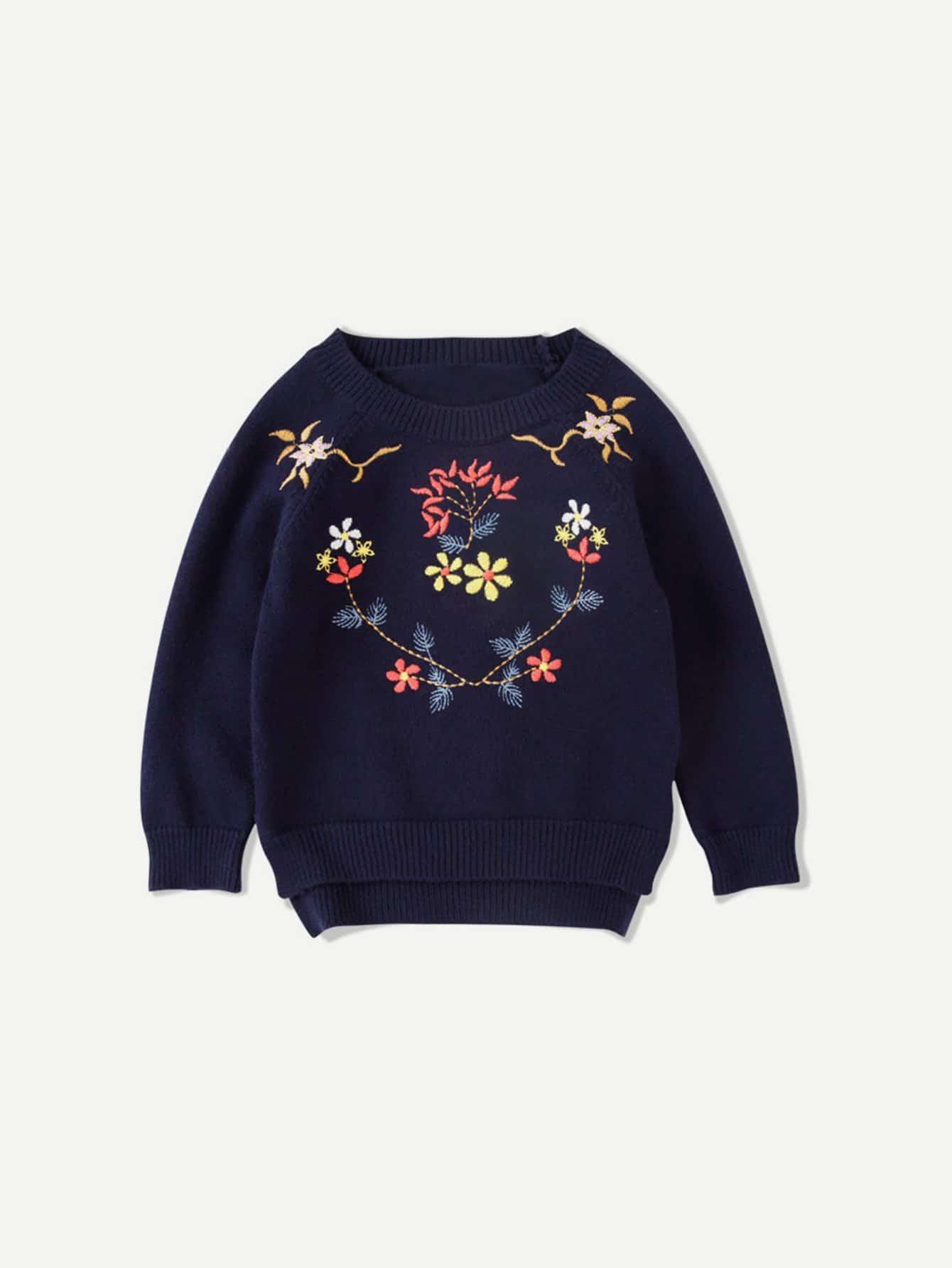 Mädchen Asymmetrischer Pullover mit Stickereien