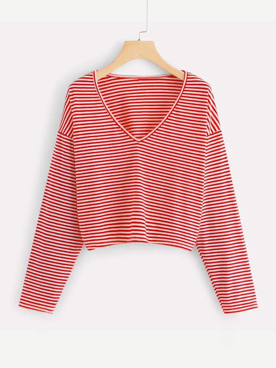 T-Shirt mit sehr tief angesetzter Schulterpartie und Streifen