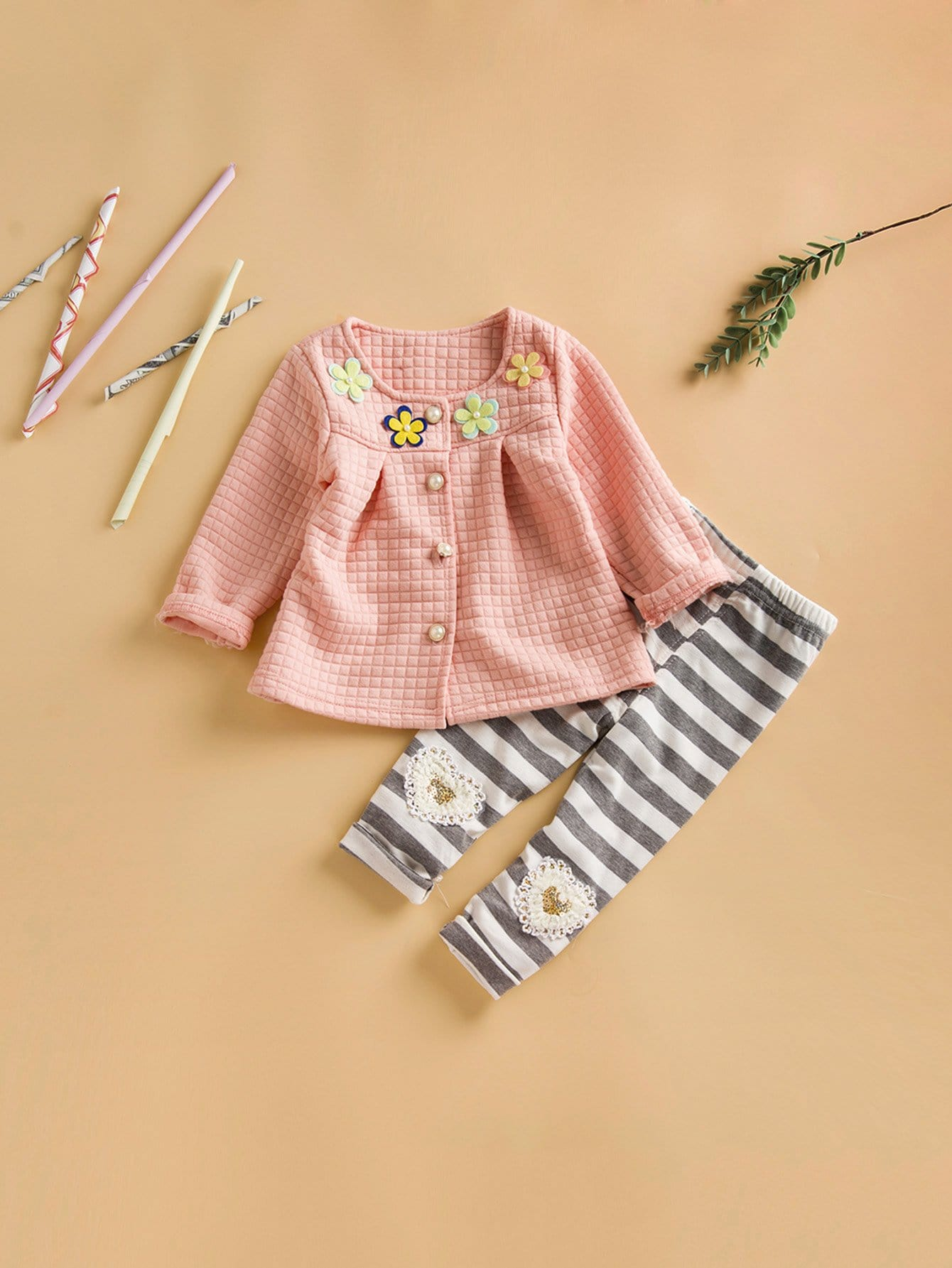 Girls Stereo Flowers Top With Striped Pants