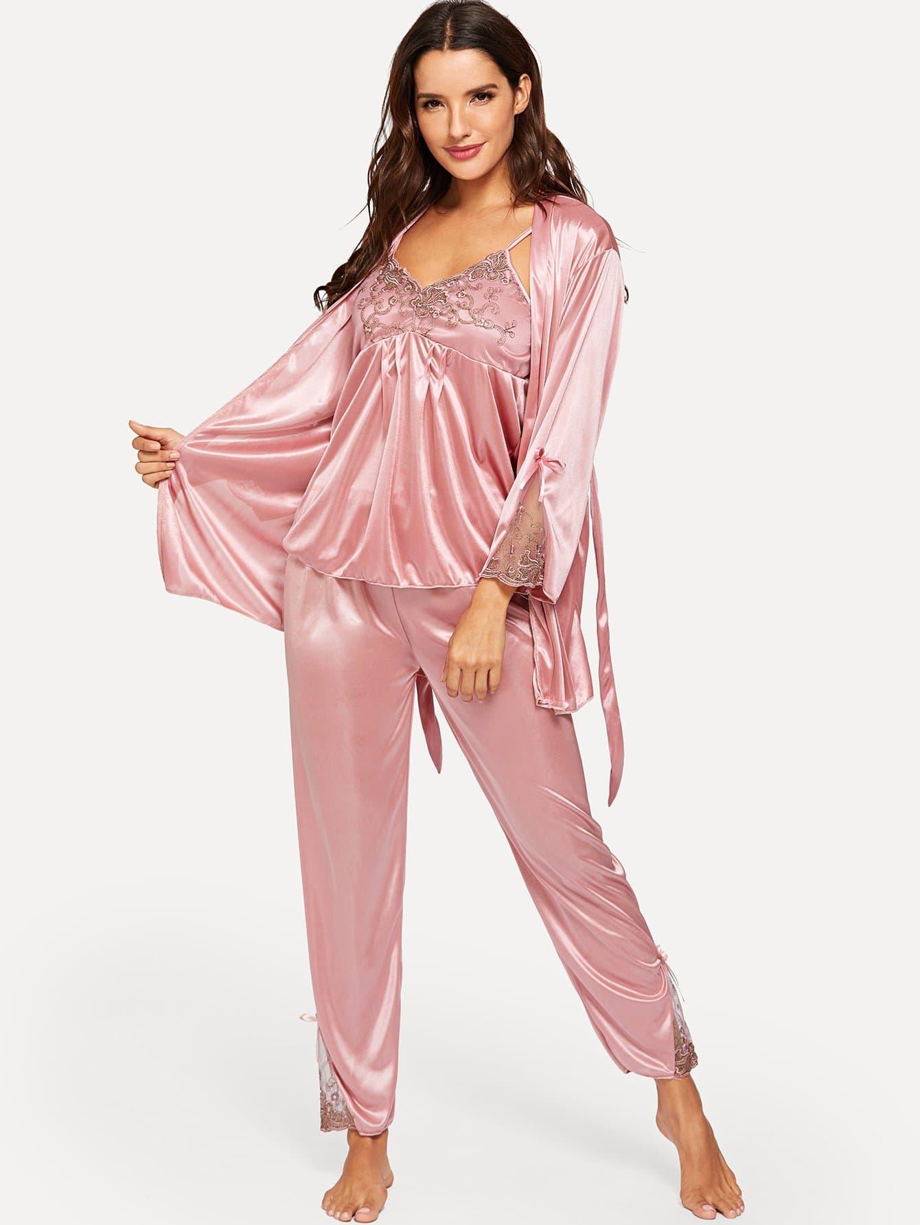Купить Набор пижамы на бретелях и со симметрическими кружевами и длииный халат, Juliana, SheIn