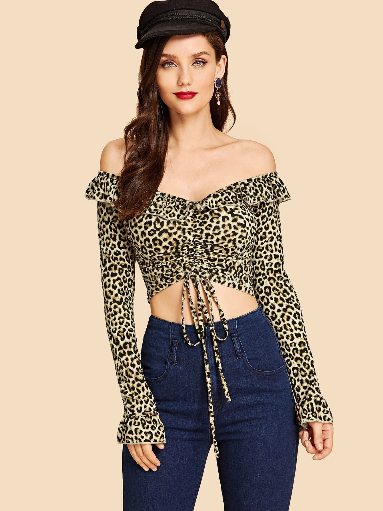 Купить Леопардовая футболка с открытыми плечами, Julie H., SheIn