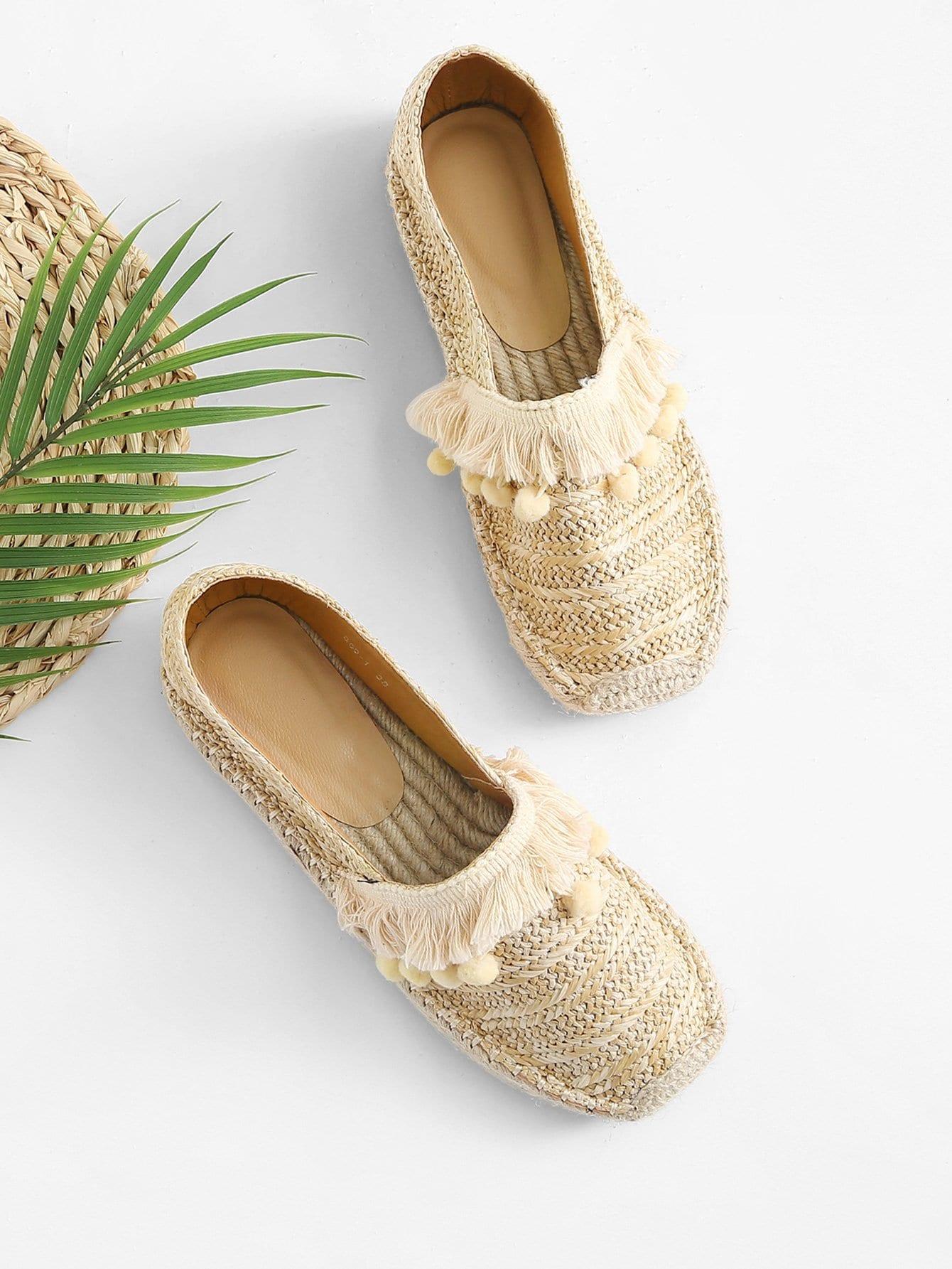 Оплетённые туфли на плоской подошве с украшением бахромы и помпона, null, SheIn  - купить со скидкой