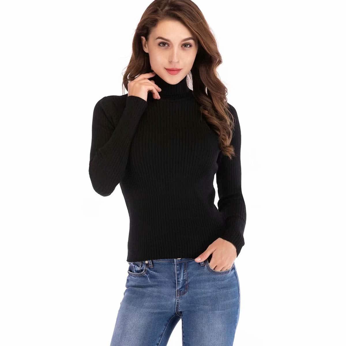 Aansluitende, geribde trui