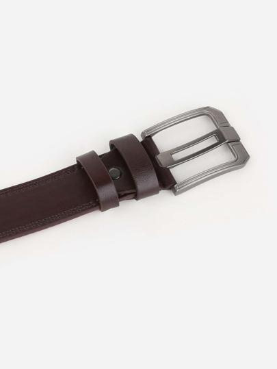 Romwe / Men Hollow Out Metal Buckle Belt
