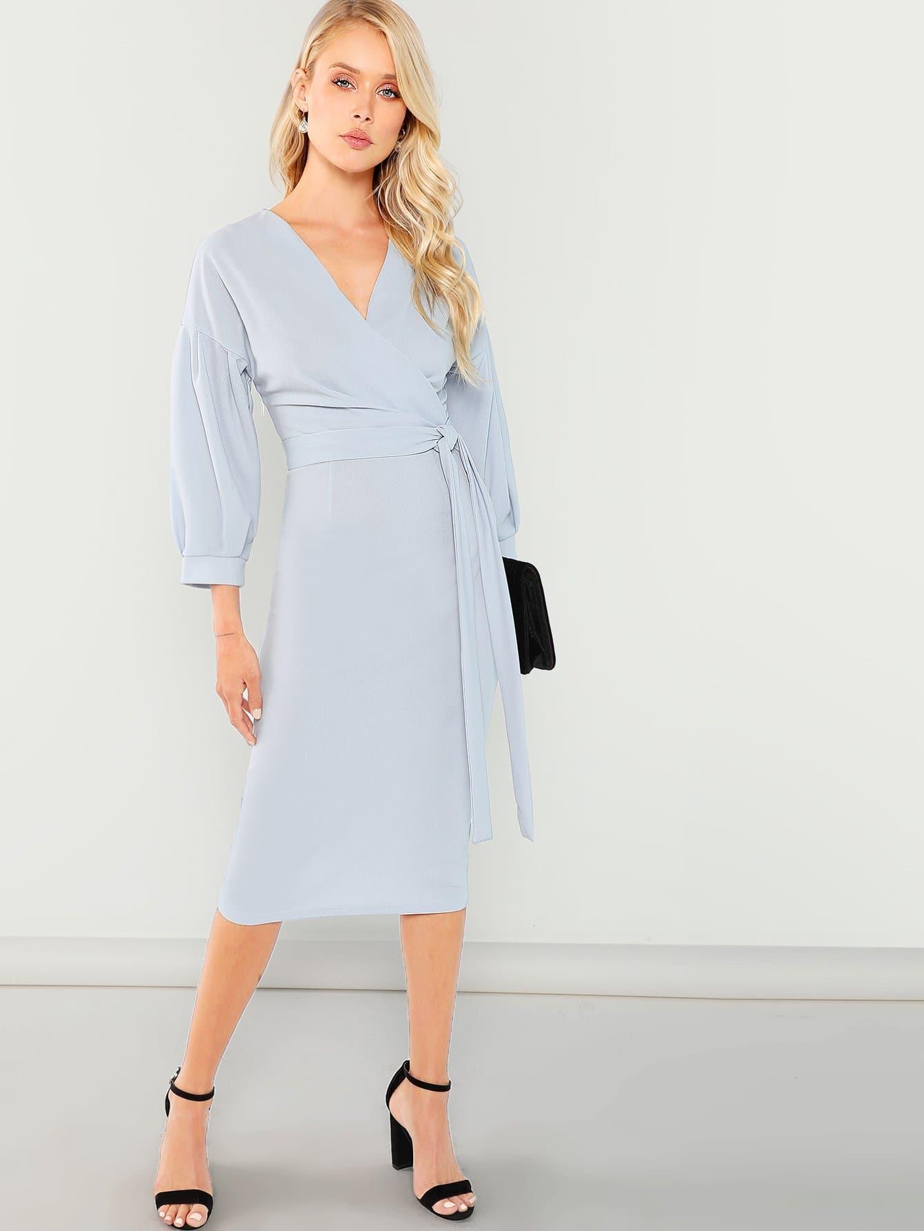Купить Платье с v-образным воротником и с поясом, Allie Leggett, SheIn