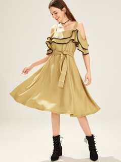 Contrast Binding Ruffle Cold Shoulder Dress