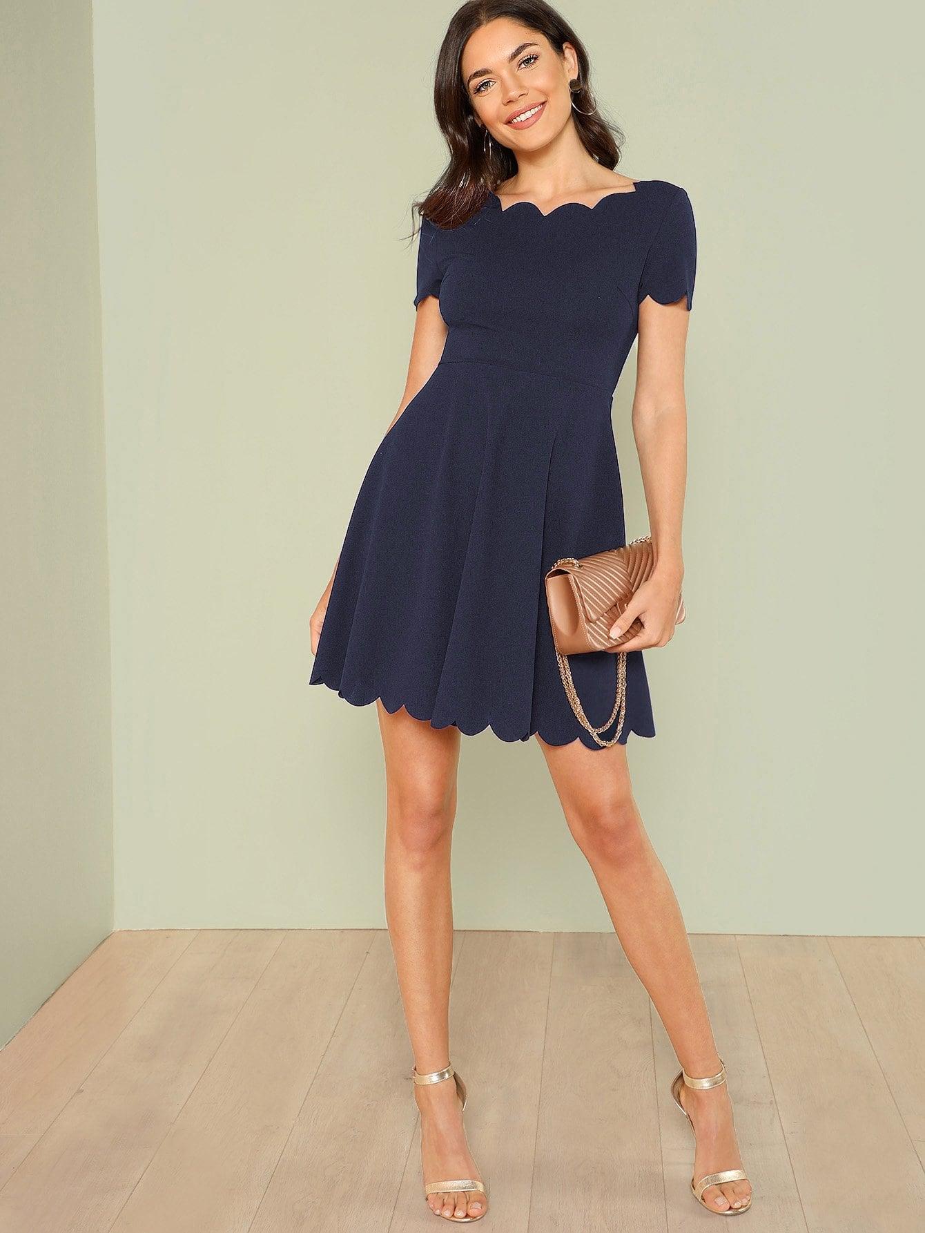 Купить Облегающое платье клёш с веерообразными оторочками, Aarika Wolf, SheIn