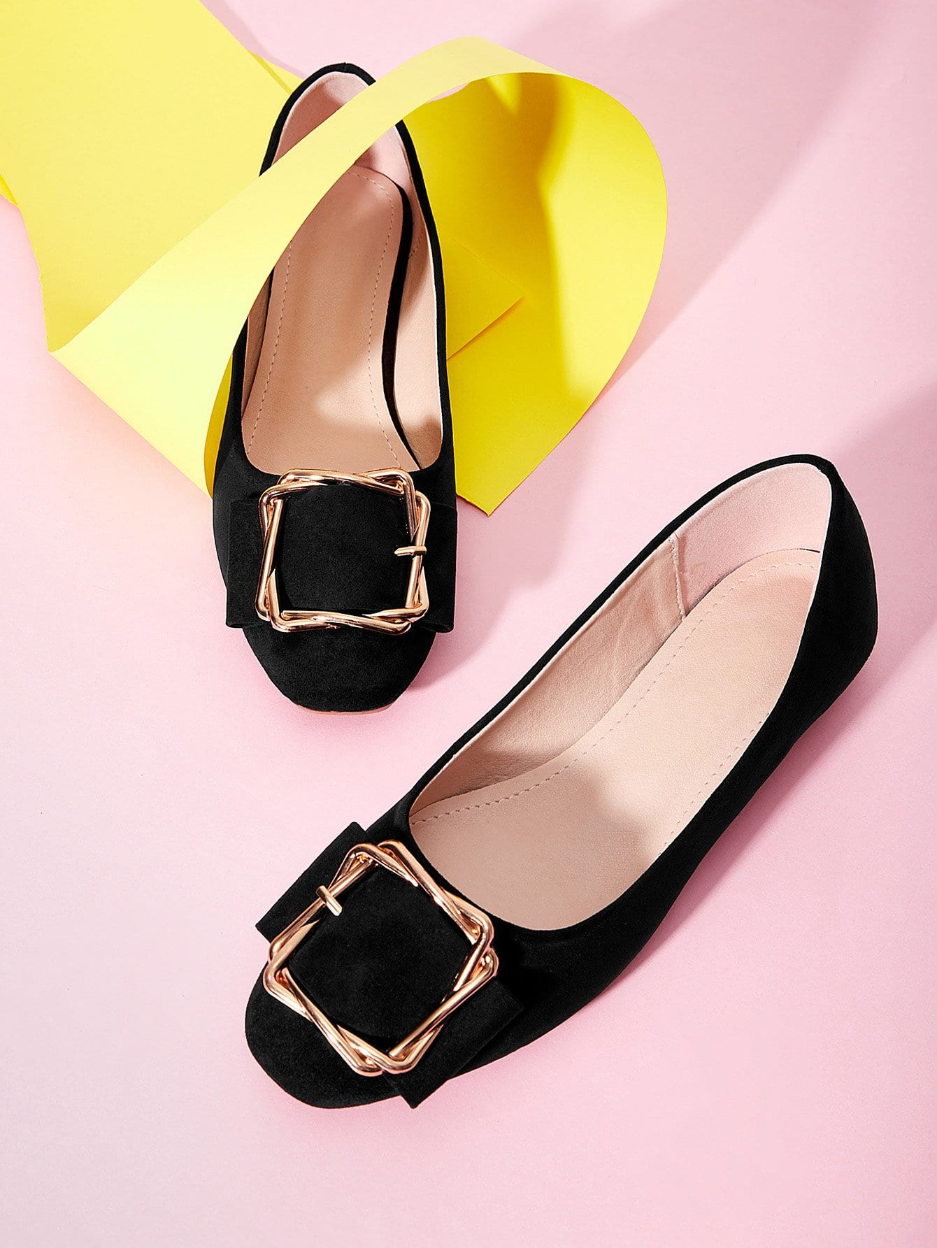 Купить Туфли на плоской подошве с украшением металлической застёжкой, null, SheIn
