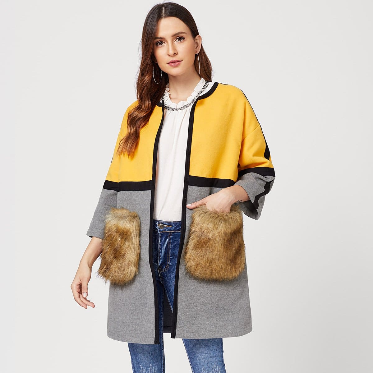 Kleurblok mantel met faux fur zakken