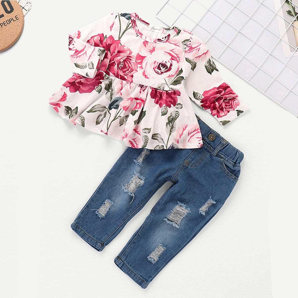 Ситцевая блуза и рваные джинсы для девочки от SHEIN