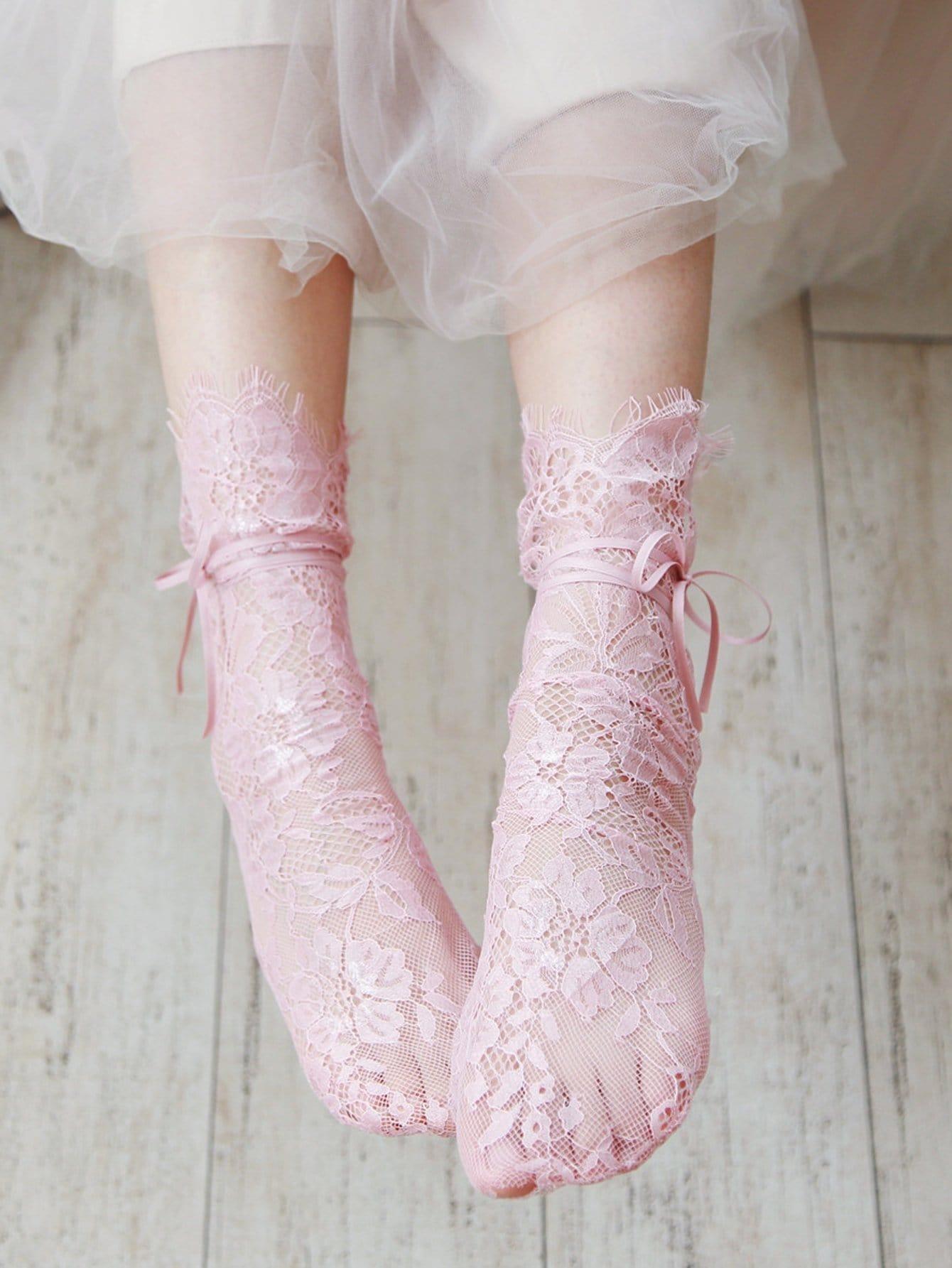 Socken mit Blumen und Spitzen 1Paar