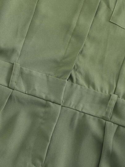 Romwe / Pocket Button Detail Solid Jumpsuit
