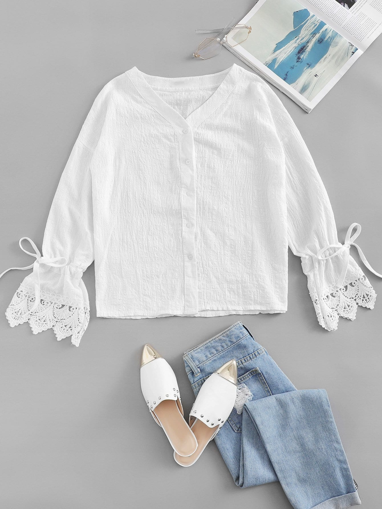 Knot Sleeve Lace Panel Solid Tee