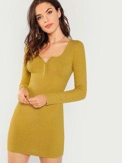 Snap Button Front Slim Fitted Dress
