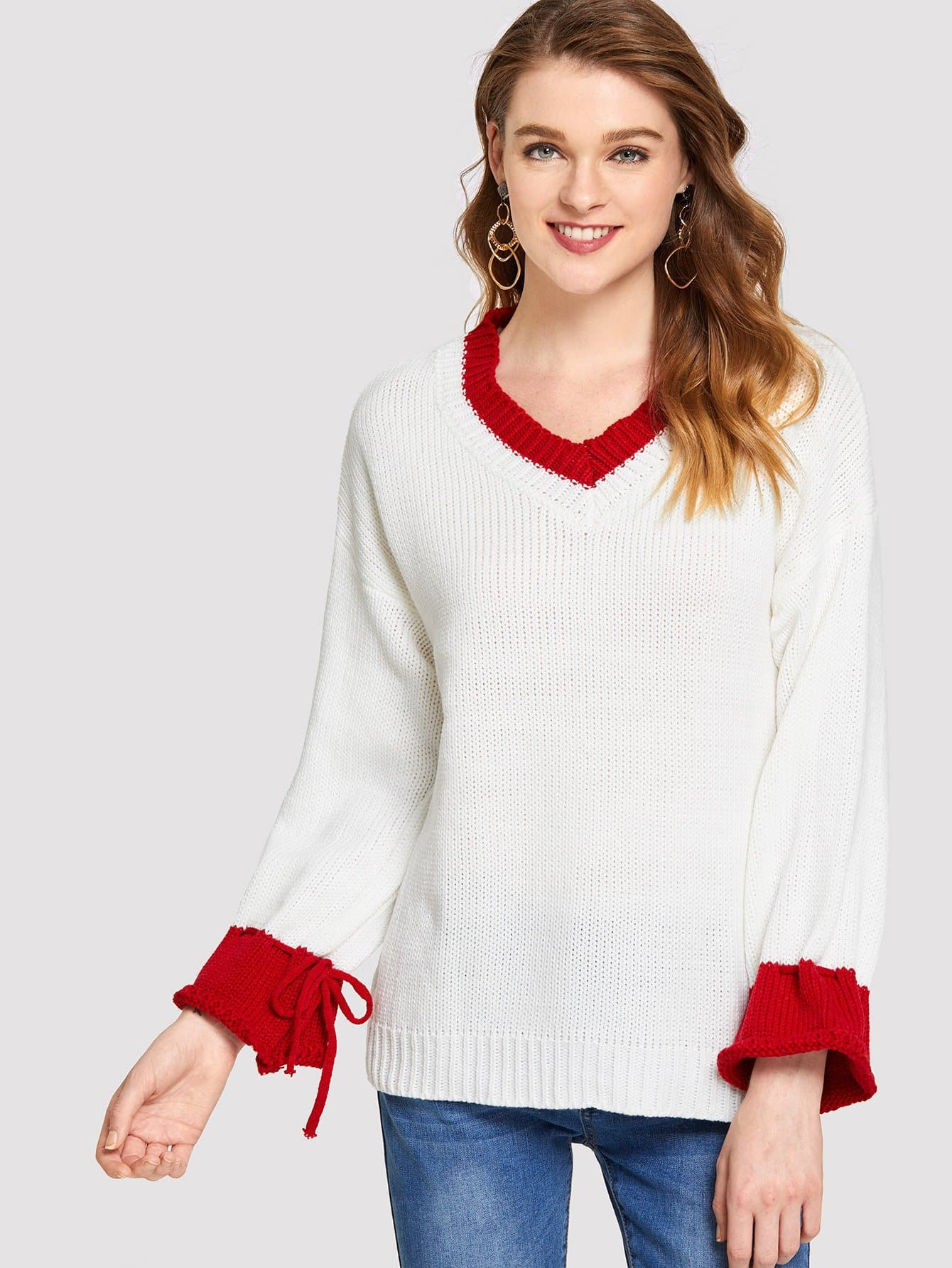 Knot Cuff V Neck Jumper