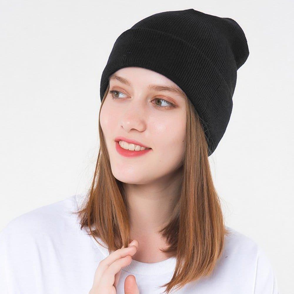 Raya negra que hace punto los sombreros elásticos de las gorritas tejidas para los hombres y las mujeres