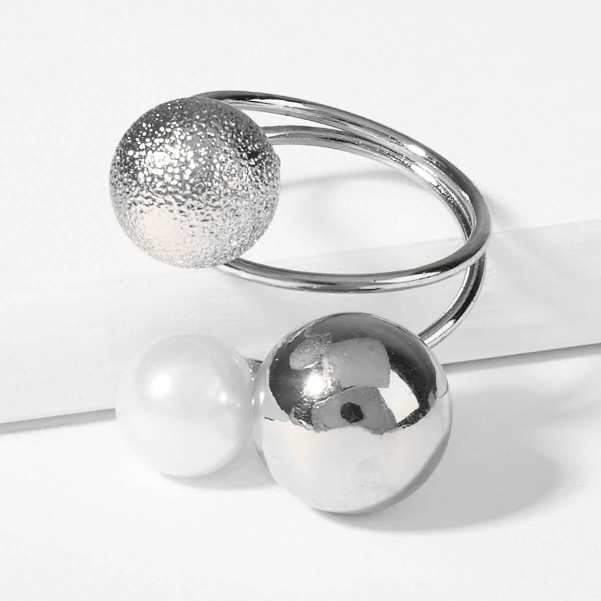 Спиральное многослойное кольцо с украшением мяча от SHEIN