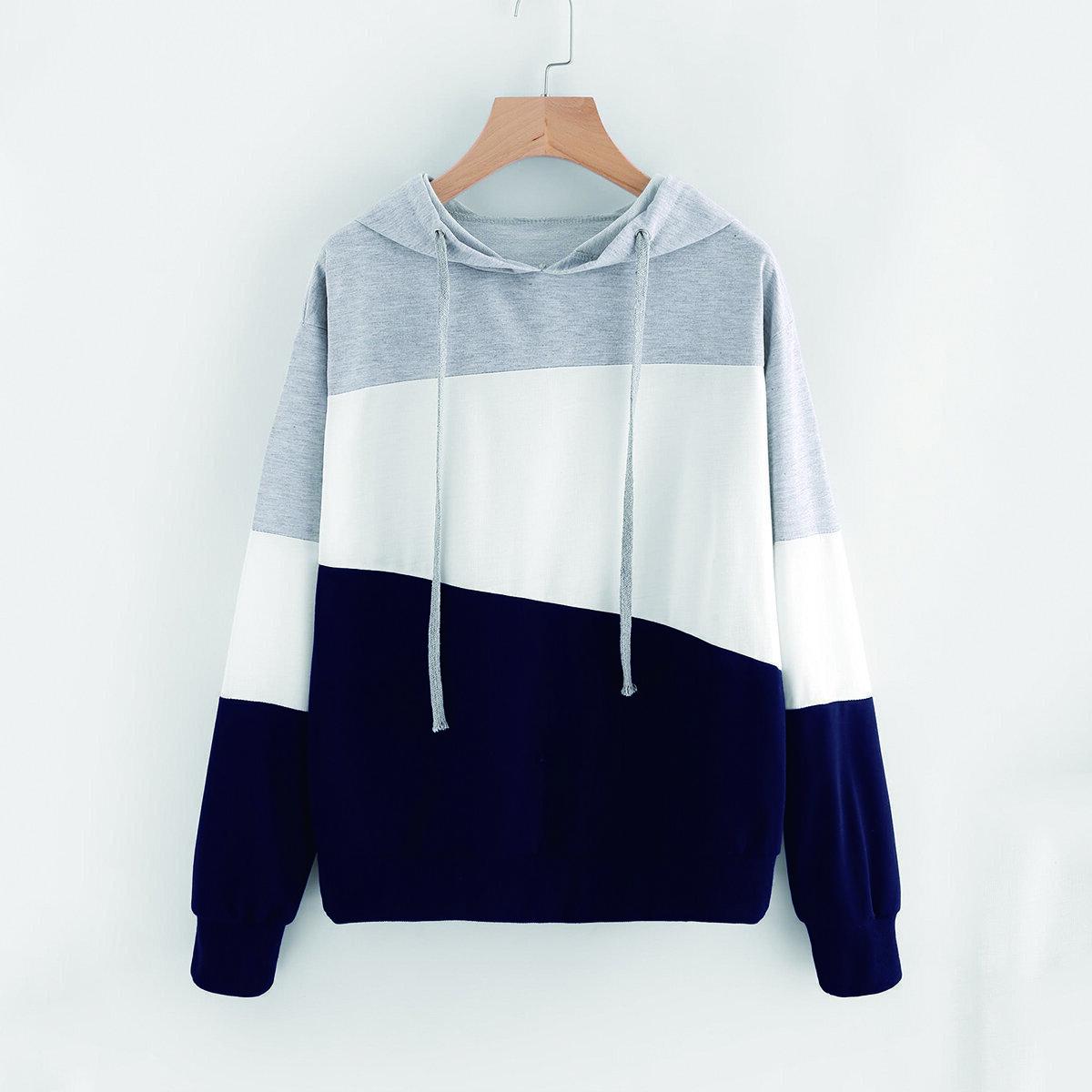 Sweatshirt met kap en driekleurig