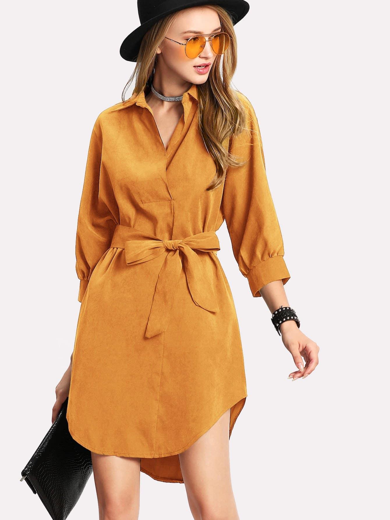 Asymmetrisches Bluse Kleid mit gekrümmtem Saum