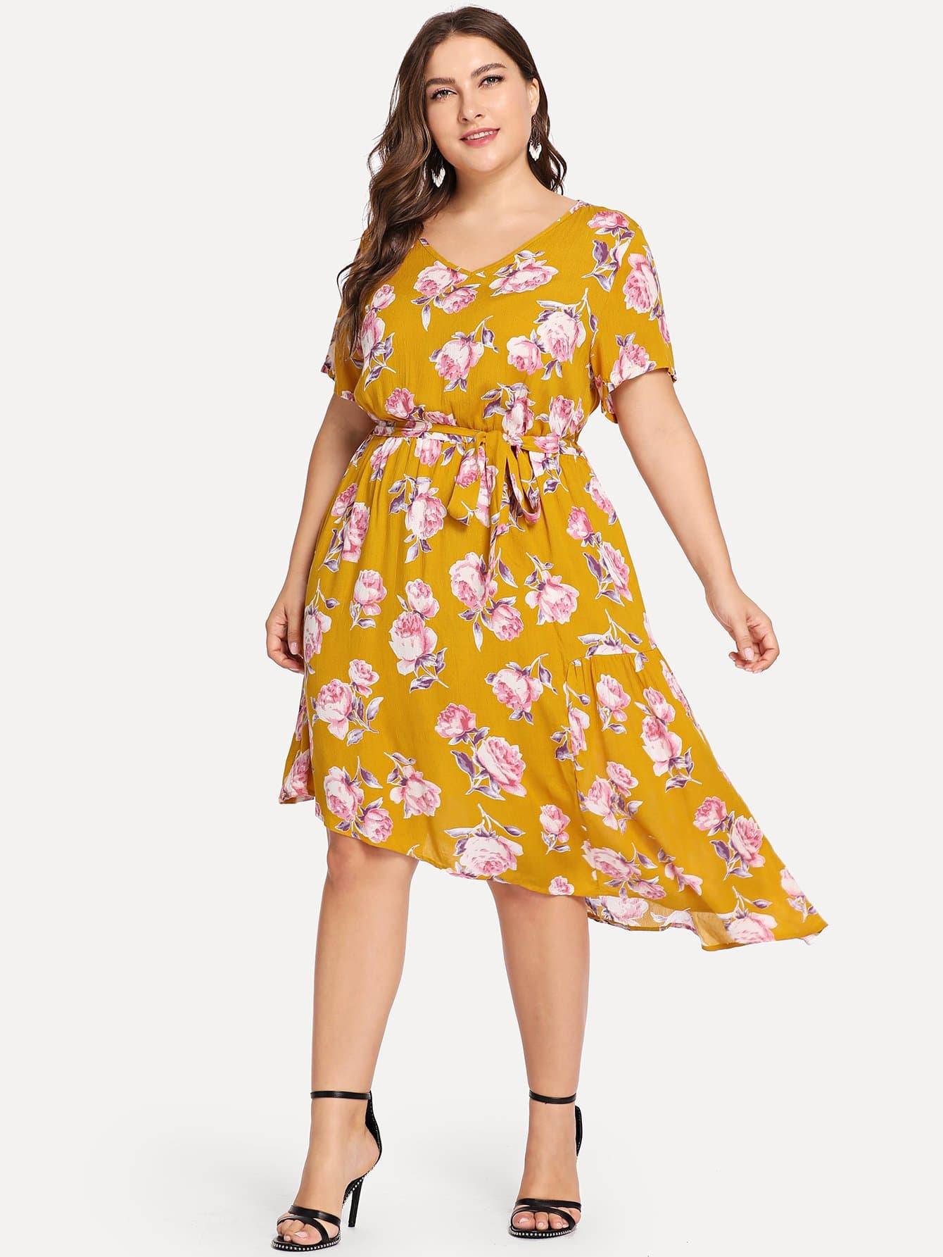 Плюс размеры цветочное платье с v-образным вырезом