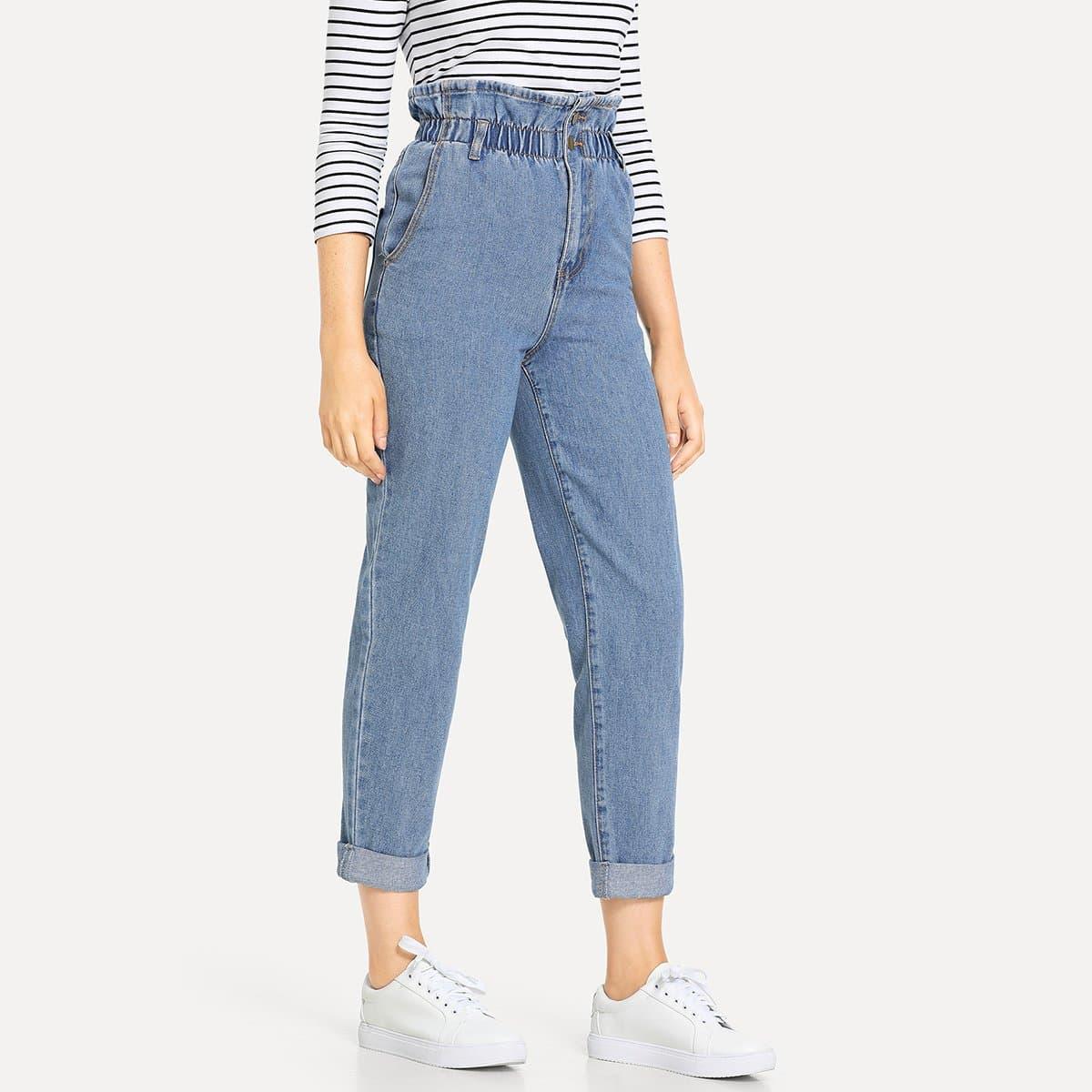 Jeans met hoge paperbag taille en opgerolde pijpen