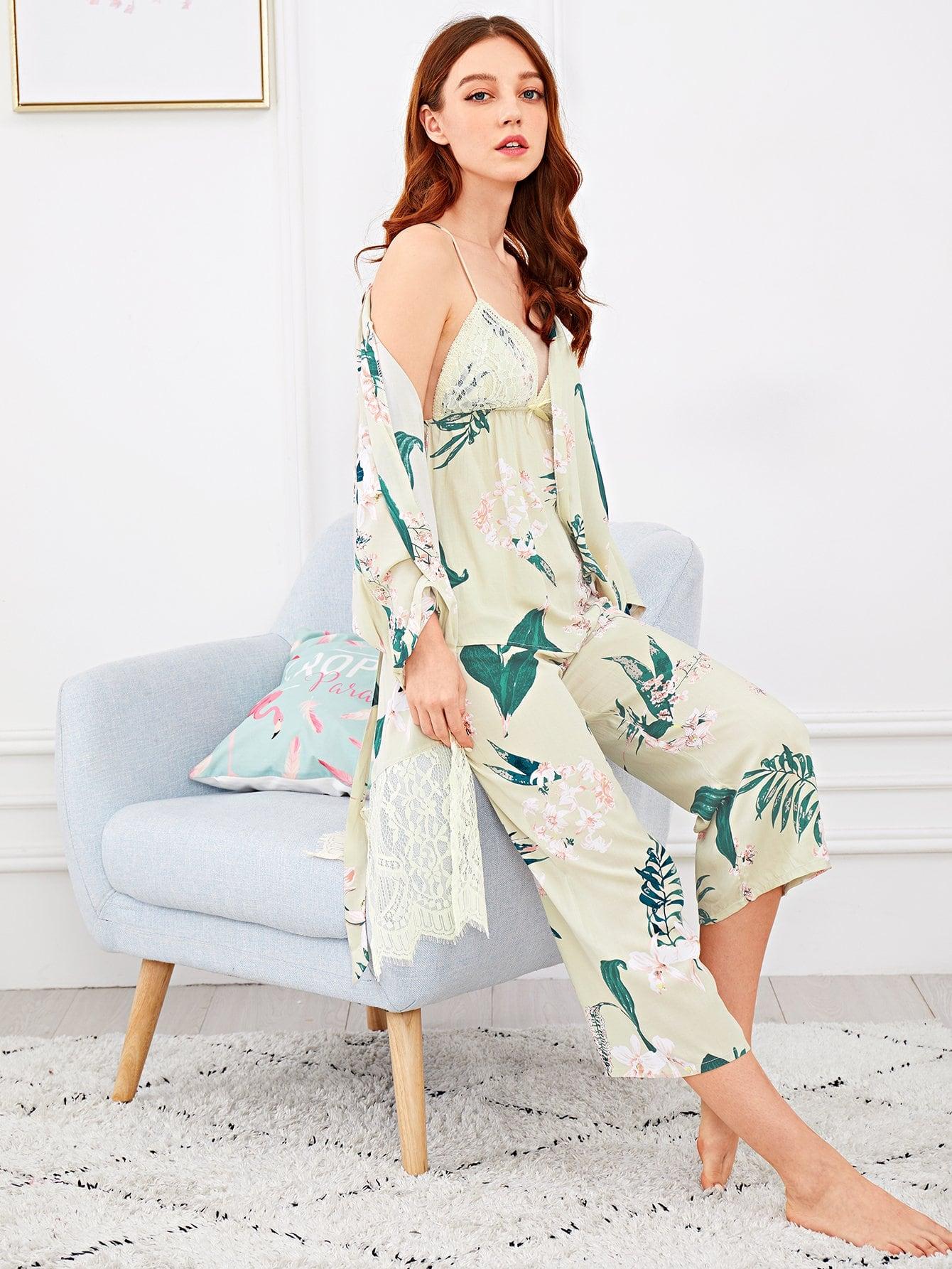 Купить Комплект ситцевой пижамы на бретелях и с кружевными оборками и домашний халат, Poly, SheIn