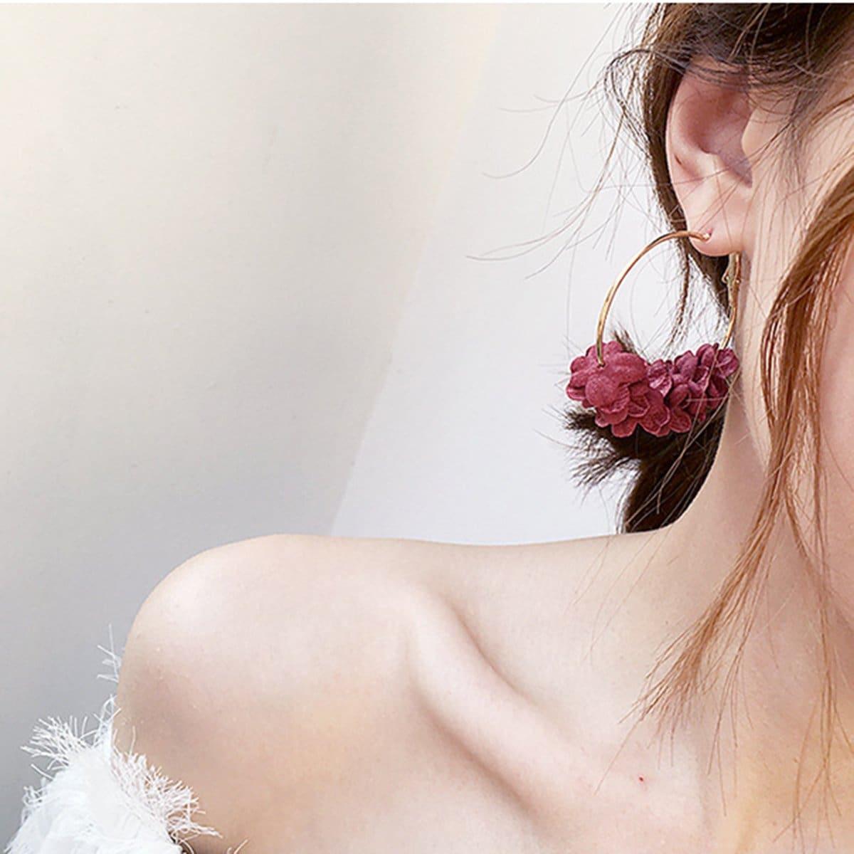 Обруч серьги с цветочной гирляндой фото