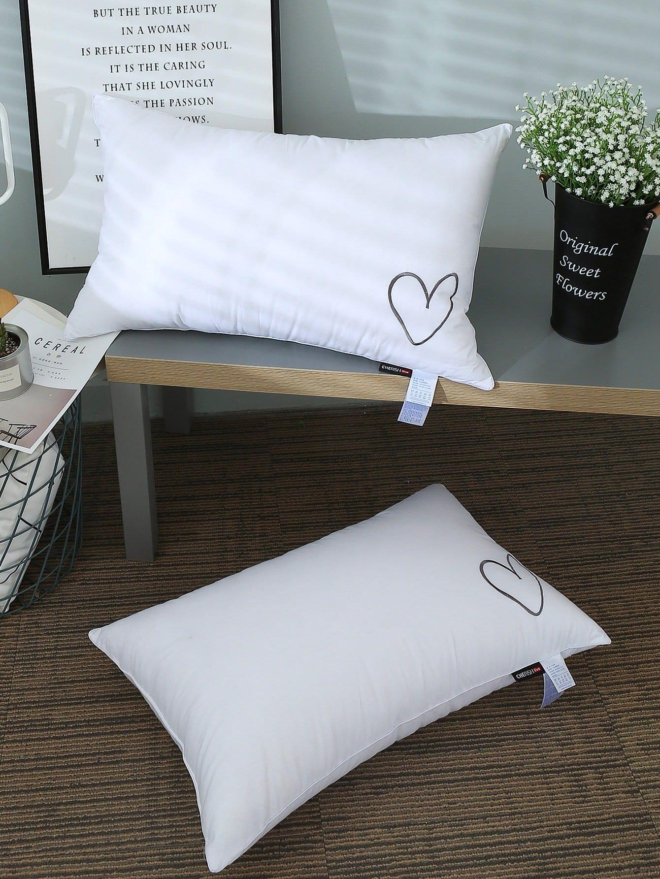 Купить Подушка с вышитыи сердцем 1шт., null, SheIn