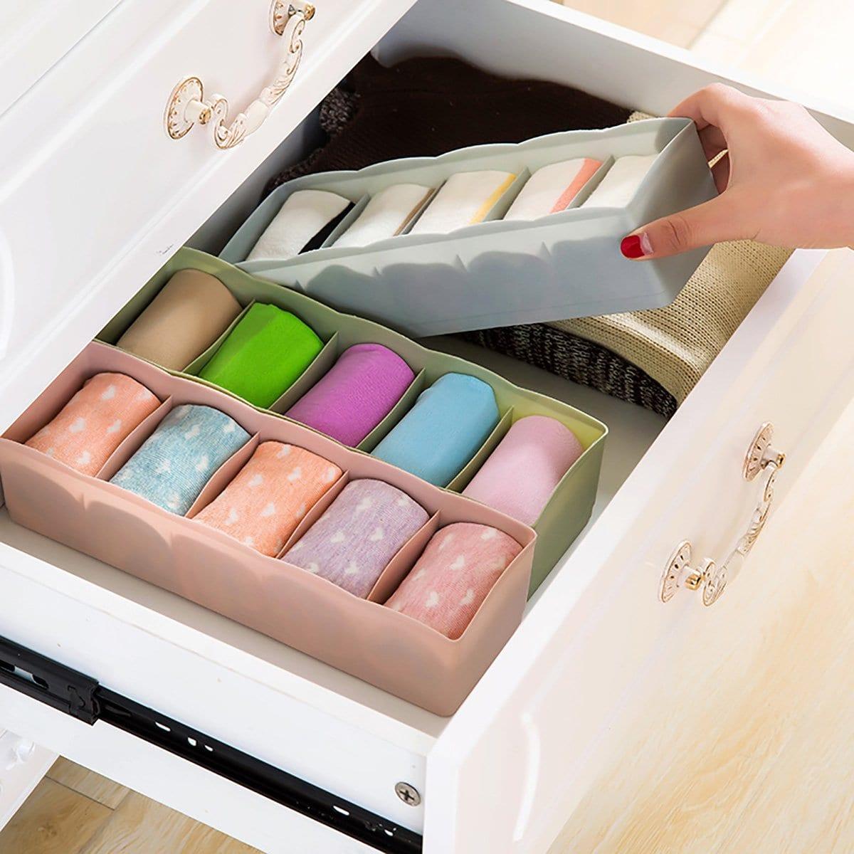 Willekeurige kleur 5 compartiment opbergdoos 1pc