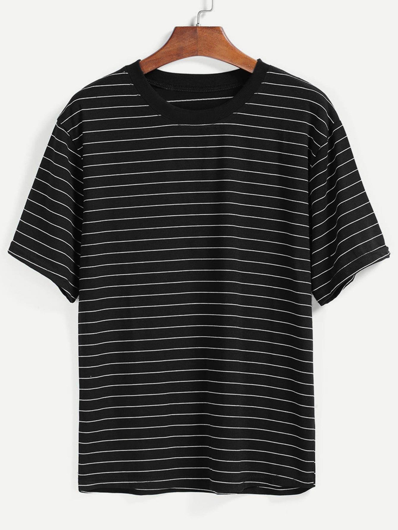 Чёрная полосатая футболка от SheIn