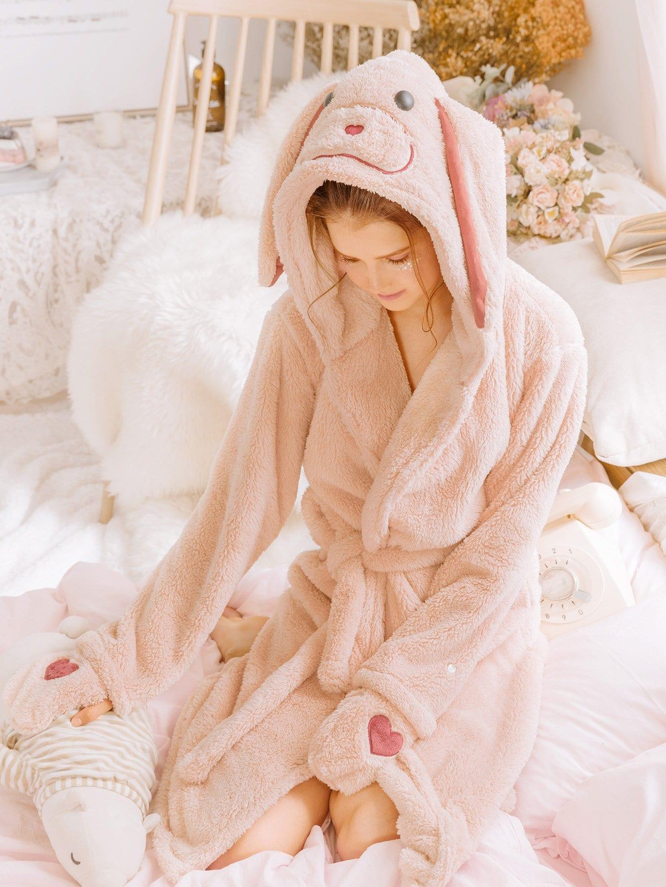 Купить Домашний халат с капюшоном и поясом и принтом сердцей и вышитого кролика, null, SheIn