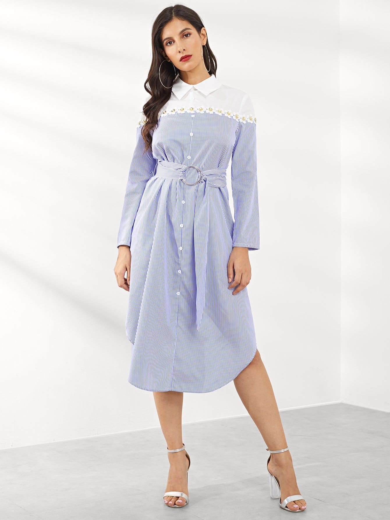 Платье  многоцветный цвета