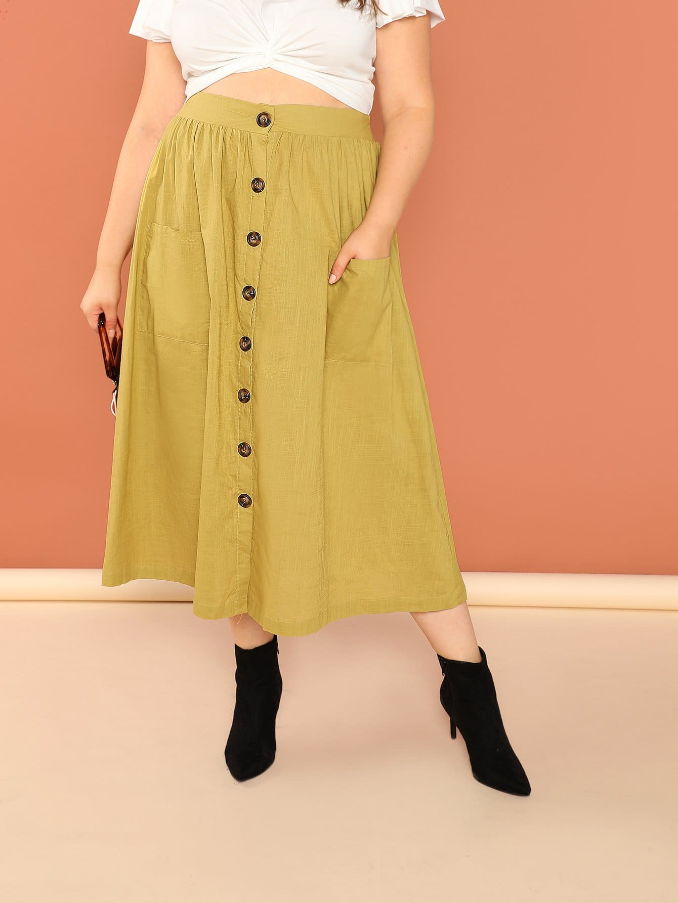 Купить Плюс размеры юбка на пуговицах с карманом, Bailey Carr, SheIn