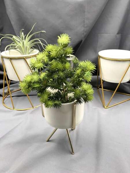 Ceramic Pot With Holder