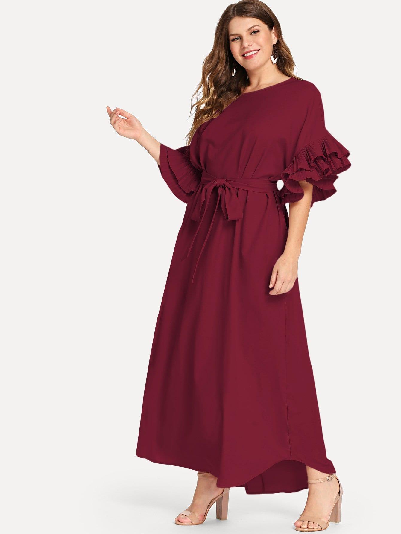 Плюс размеры платье с рюшами с поясом SheIn