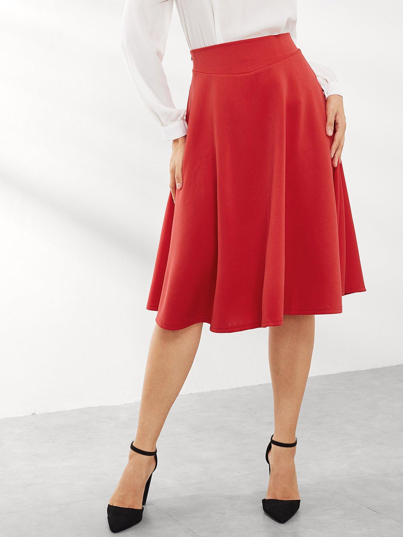 Фото - Простая плиссированная юбка от SheIn красного цвета