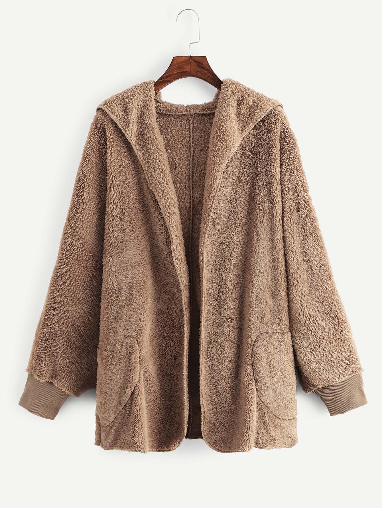 Пальто  Желтовато бурый цвета