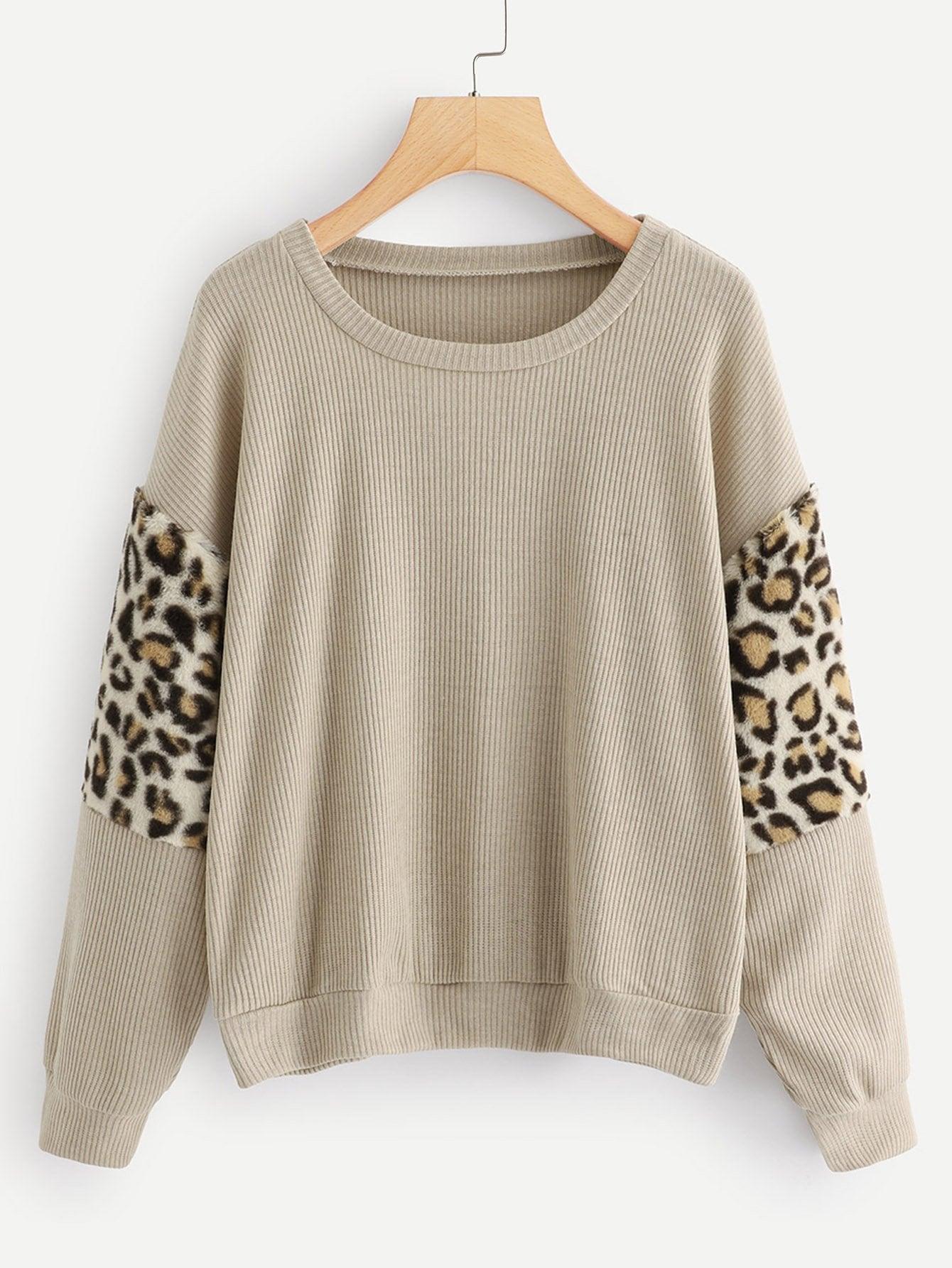 Фото - Контрастный леопардовый вязаный свитер от SheIn коричневого цвета