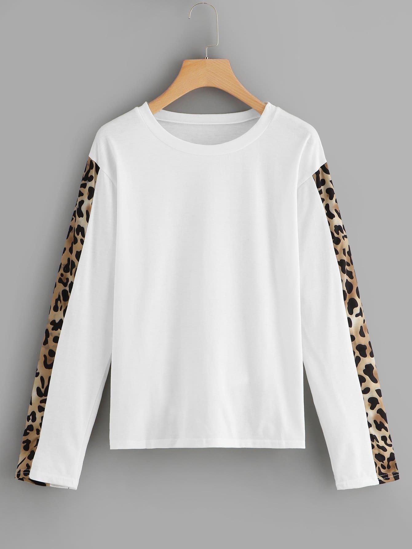 Фото - Контрастная леопардовая футболка от SheIn белого цвета