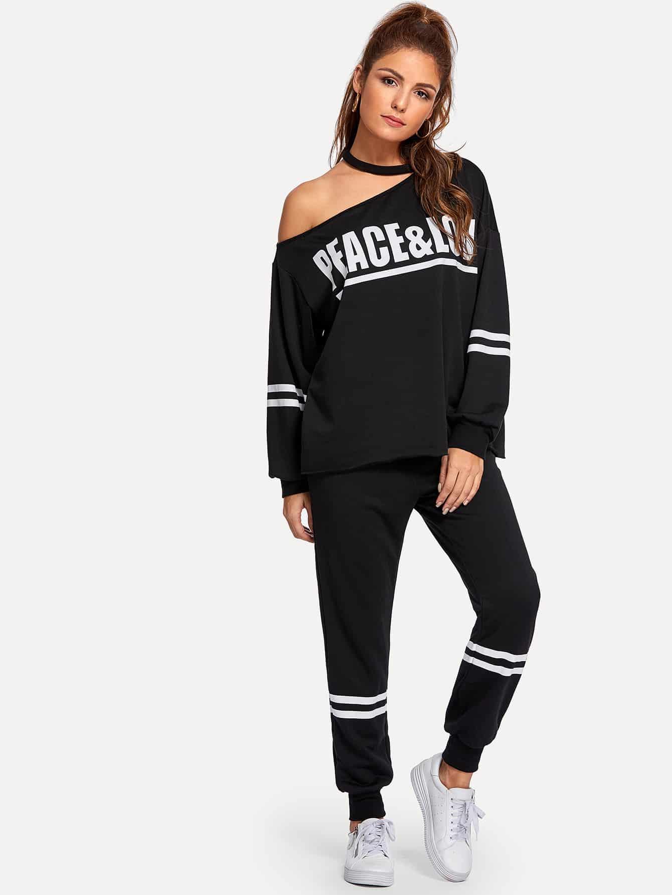 Фото - Пуловер с асимметричным плечом и спортивные брюки комплект от SheIn черного цвета