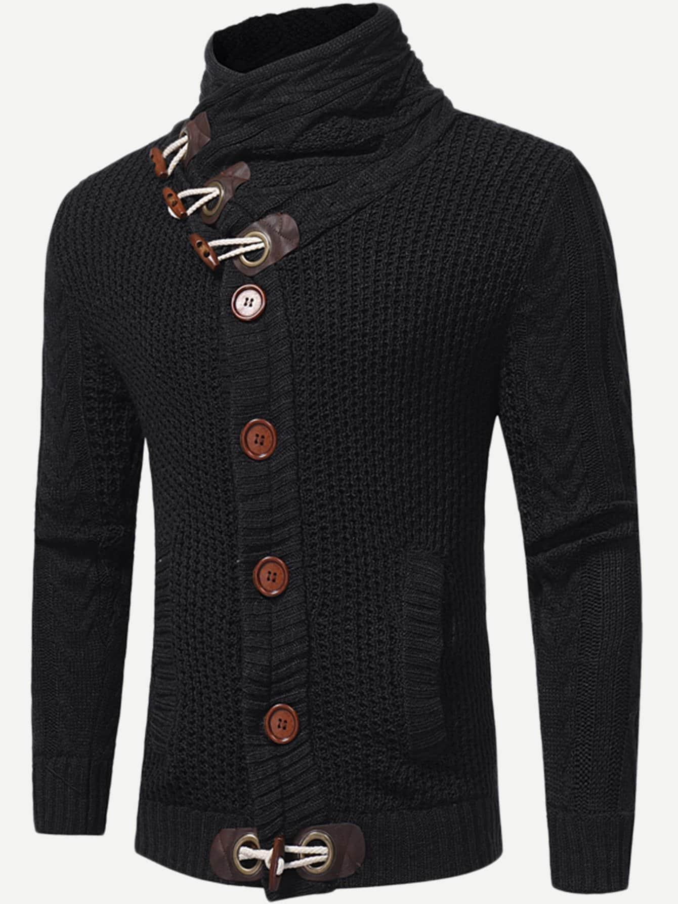 Фото - Мужский свитер с высоким воротником и кольцом от SheIn черного цвета