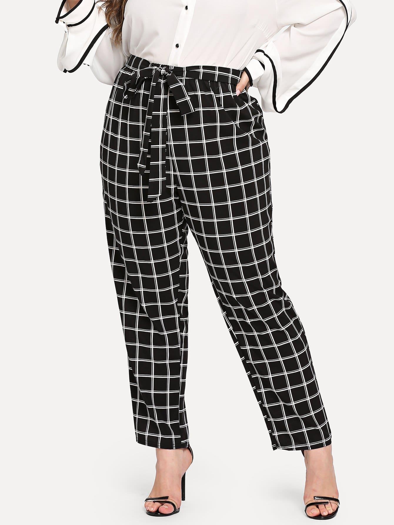 Фото - Размера плюс брюки в клетку с поясом от SheIn цвет чёрные
