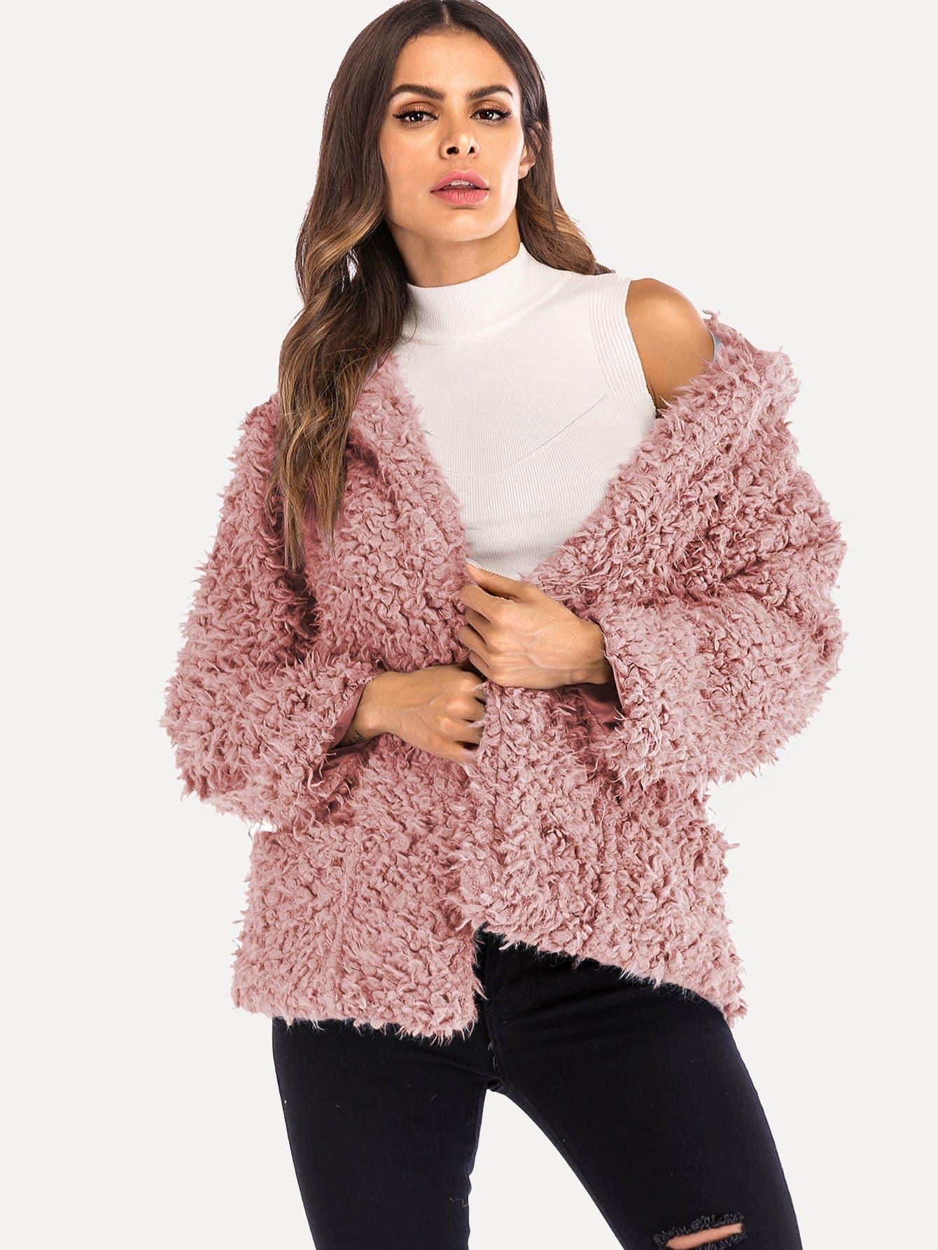 Фото - Одноцветное пушистое пальто тедди от SheIn розового цвета
