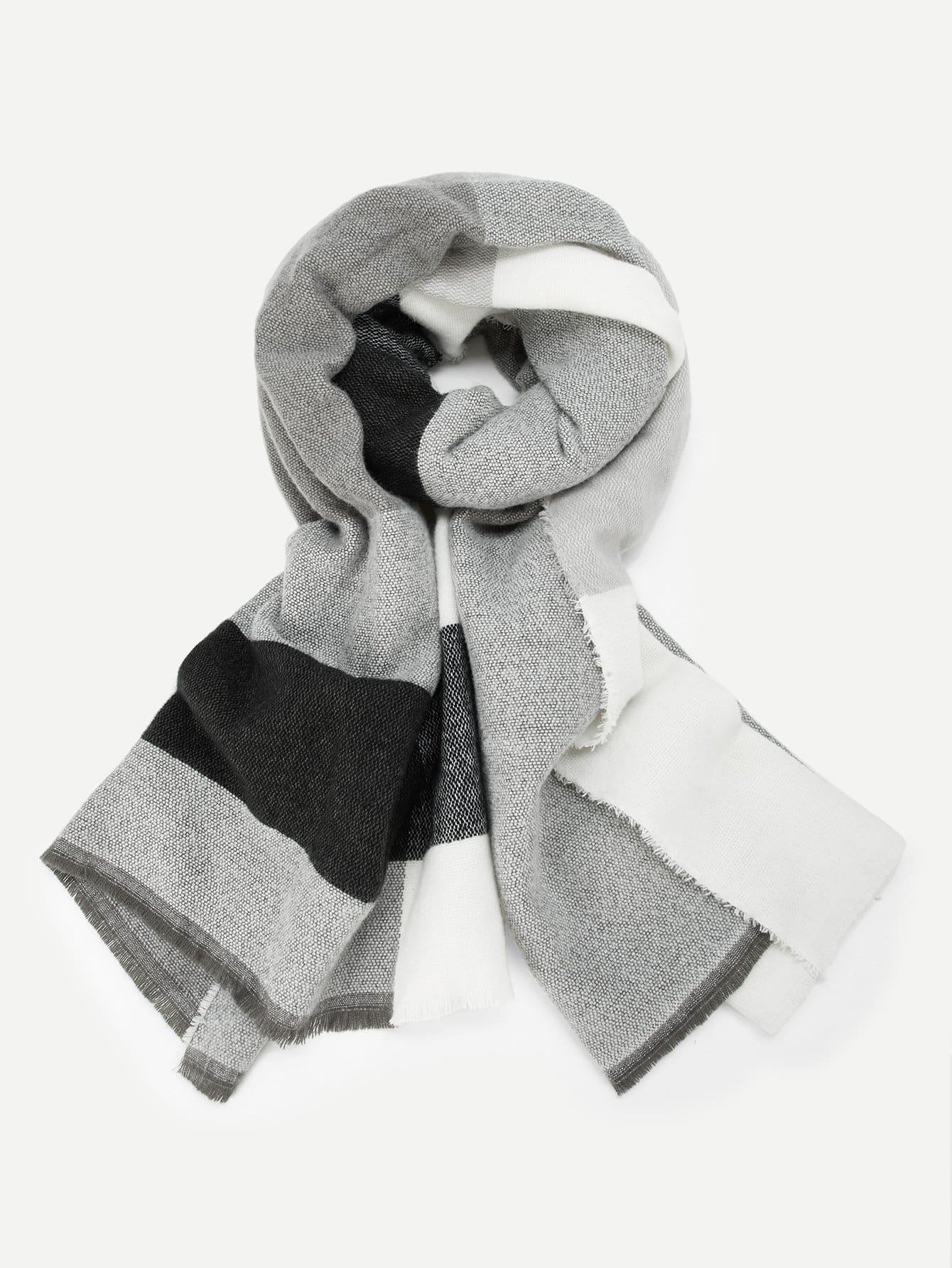 Фото - Контрастный шарф с бахромой от SheIn цвет многоцветный