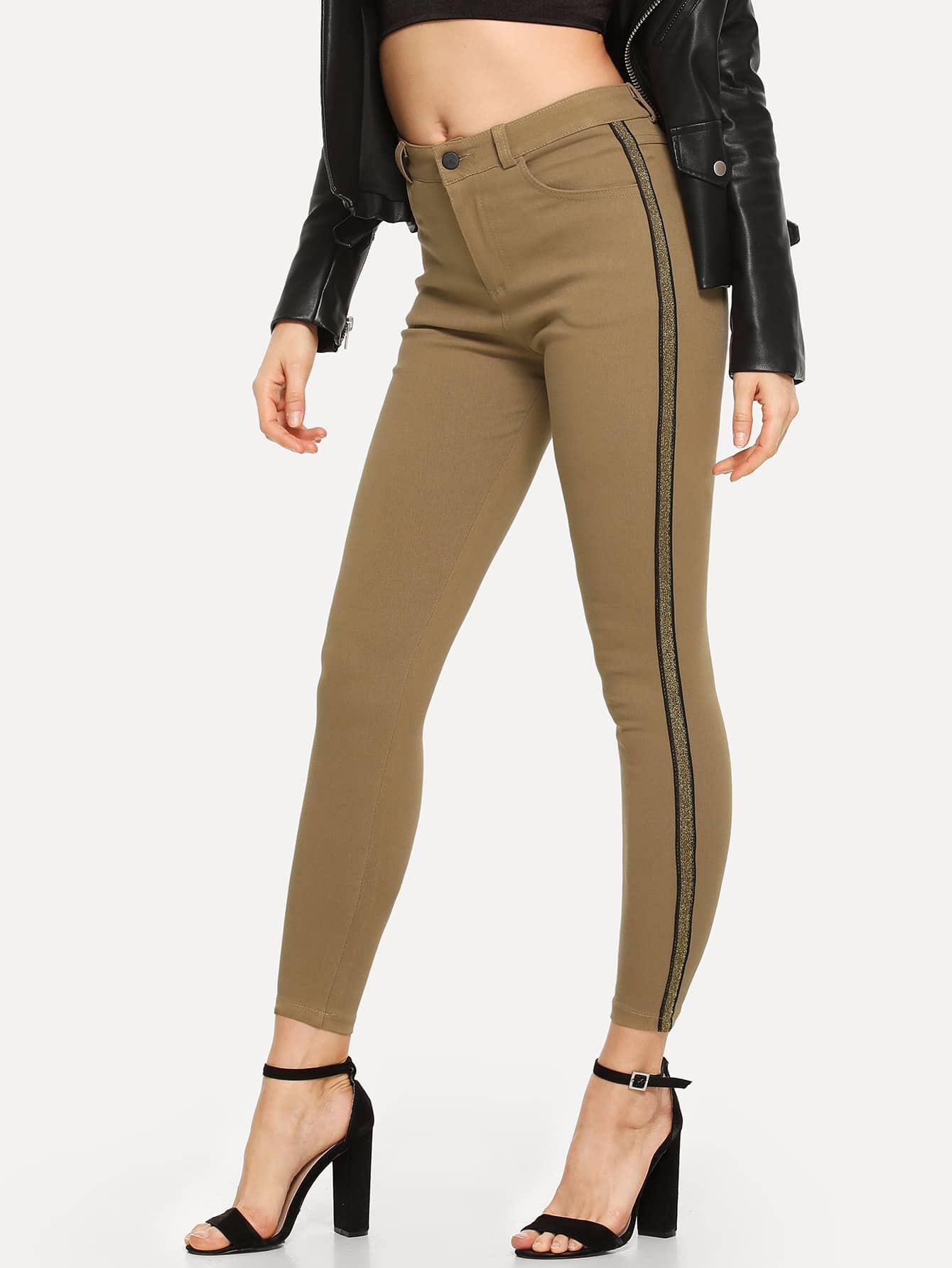 Фото - Однотонные джинсы от SheIn цвета хаки