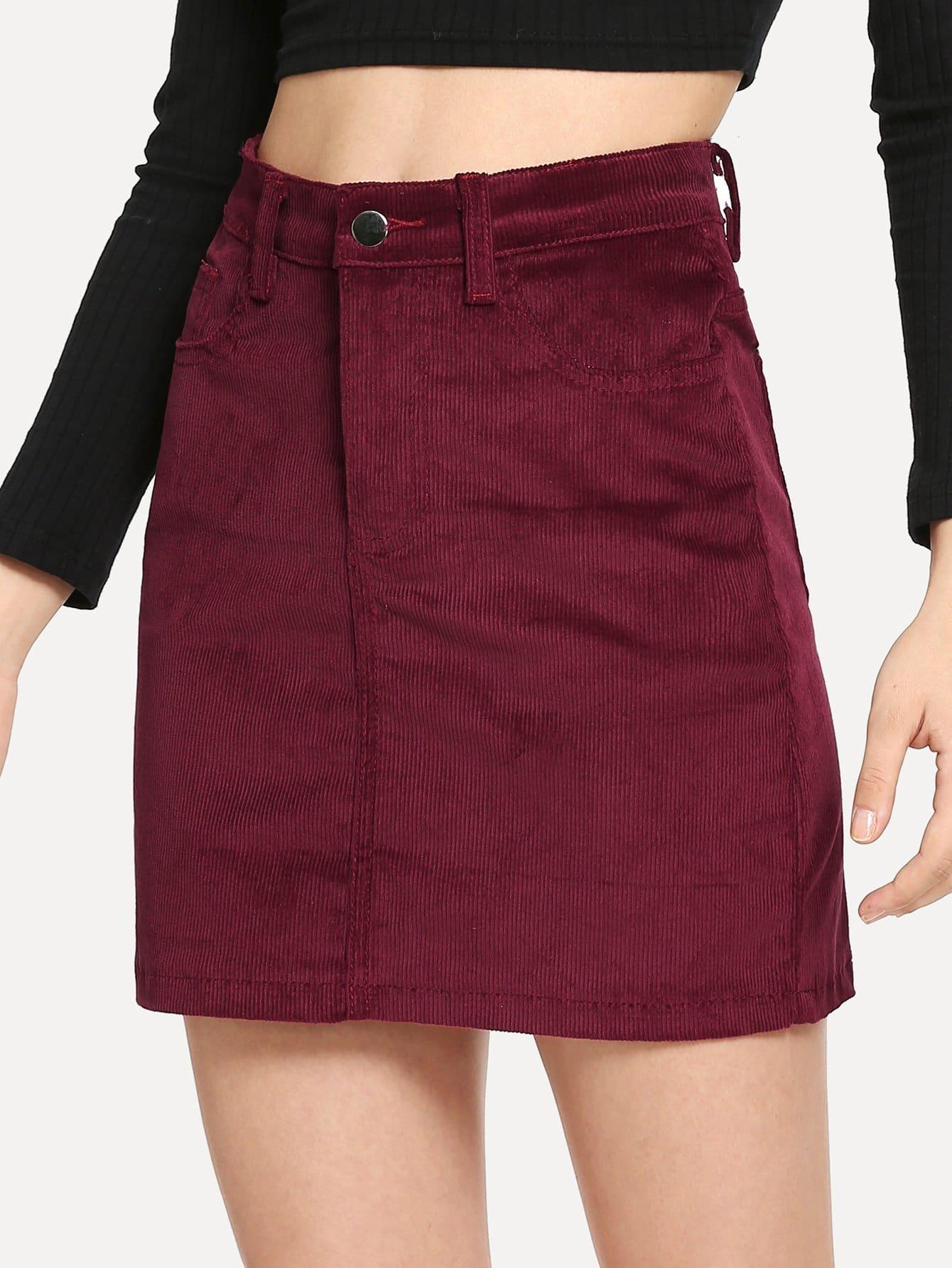 Фото - Однотонная вельветовая юбка от SheIn бордового цвета